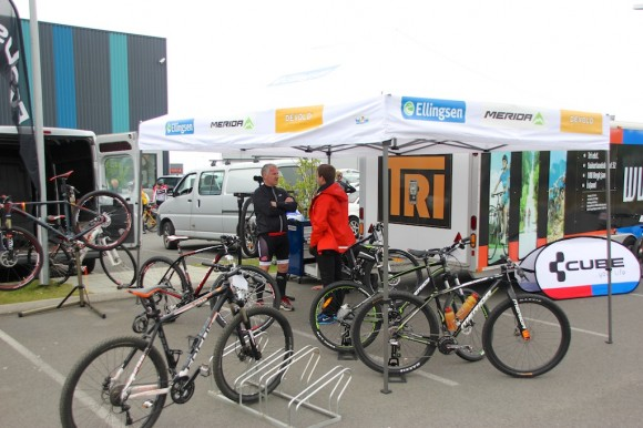 Ellingsen / Merida Iceland with their bike display / service area in the starting paddick